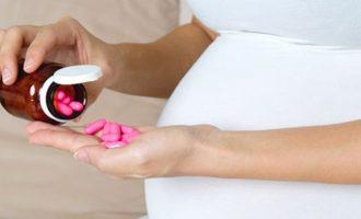 Какую роль играет фолиевая кислота при беременности