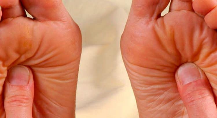 Массаж от шишек на ноге