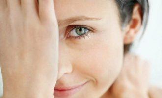 Что делать, если лопнул сосуд в глазу у взрослого или ребенка