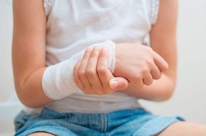 Лечение солью и солевыми повязками в домашних условиях