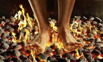 Почему и при каких заболеваниях горят стопы ног и как этого избавиться