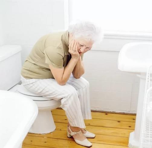 Обзор слабительных средств для пожилых людей при запорах