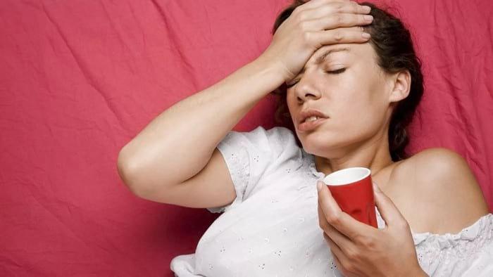 Показания к применению валидола: стенокардия, неврозы, кашель, насморк
