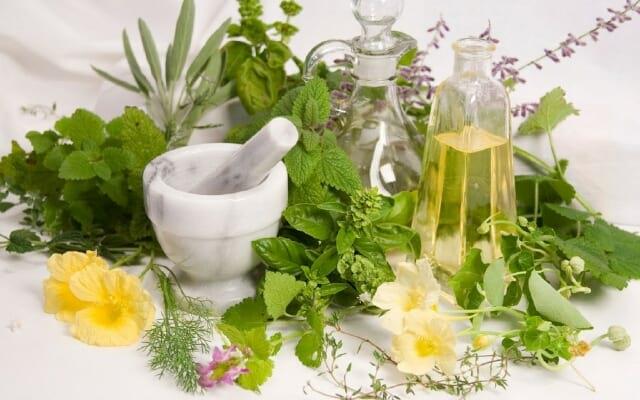 Народные рецепты лечения щитовидки травами