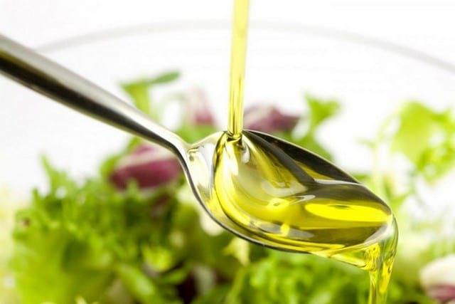Показания к применению льняного масла, польза, вред, рецепты