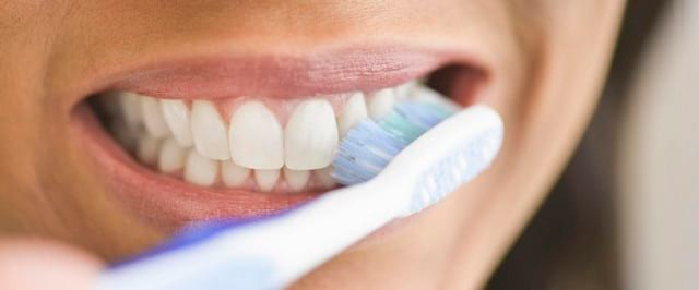 Как избавиться от кариеса без стоматолога