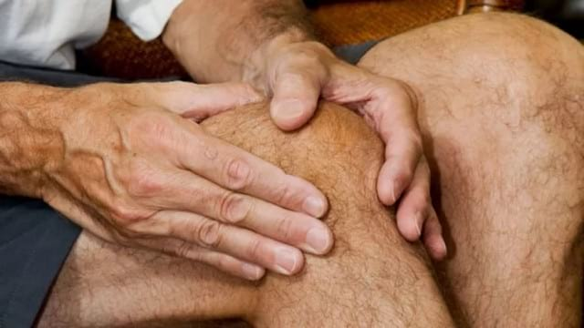 Причины и лечение хруста в коленях