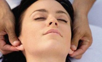 Как делать массаж ушей