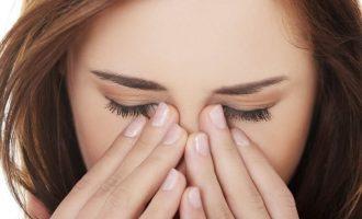 Красные глаза после наращивания ресниц: что делать?
