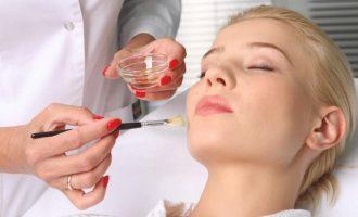 Химический пилинг для лица: как проводится процедура