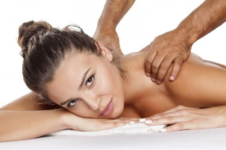 Как делать массаж плеч и шеи