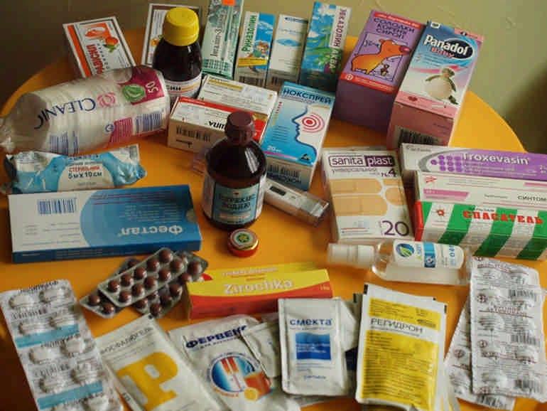 Как собрать аптечку в дорогу, в отпуск, на море с ребенком