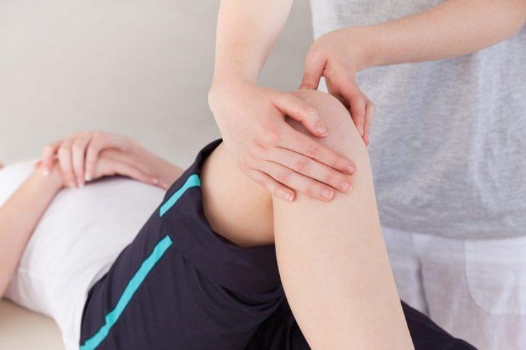 Массаж при хрусте в коленях
