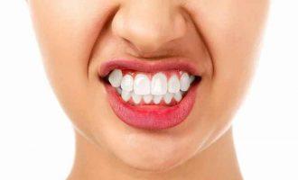 Почему скрипят зубами во сне: профилактика и лечение