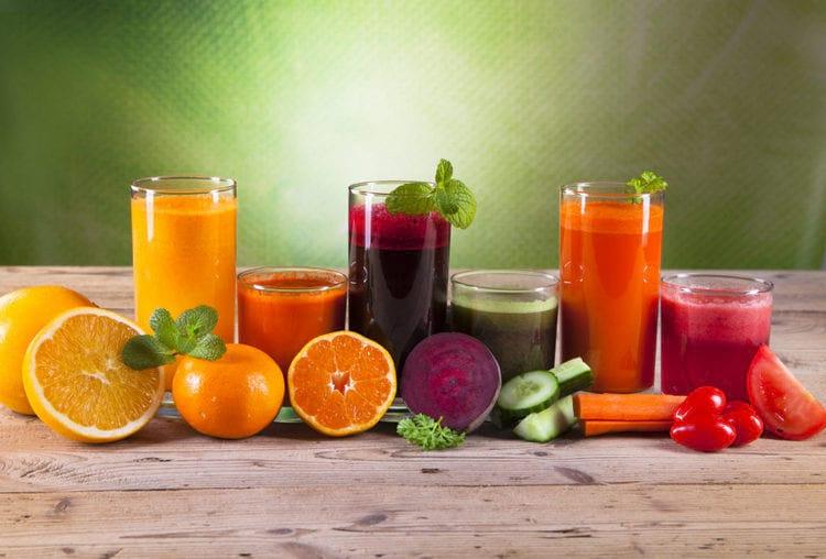 Употребление свежевыжатых соков