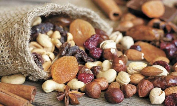 ингредиенты для приготовления витаминной смеси