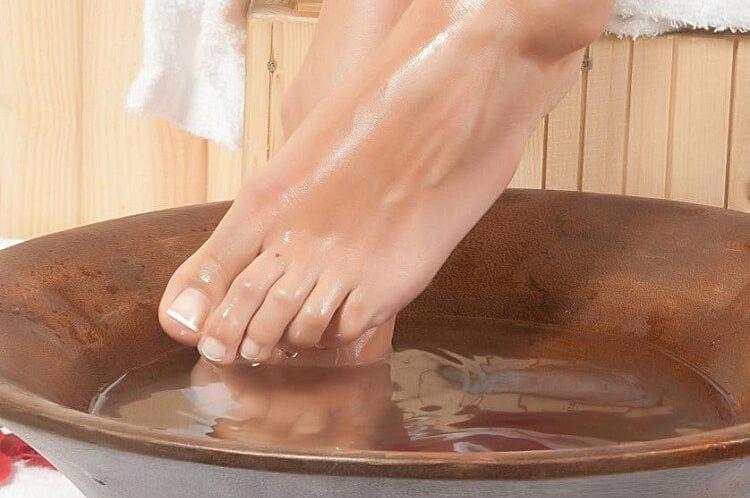 Ванночки с яблочным уксусом от микоза